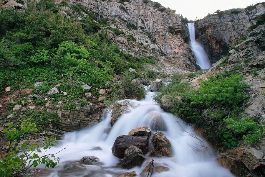 Apikuni Falls hike in Glacier National Park
