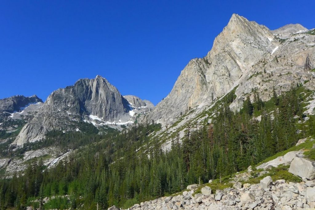 Mountain peaks in Kings Canyon National Park on a hike