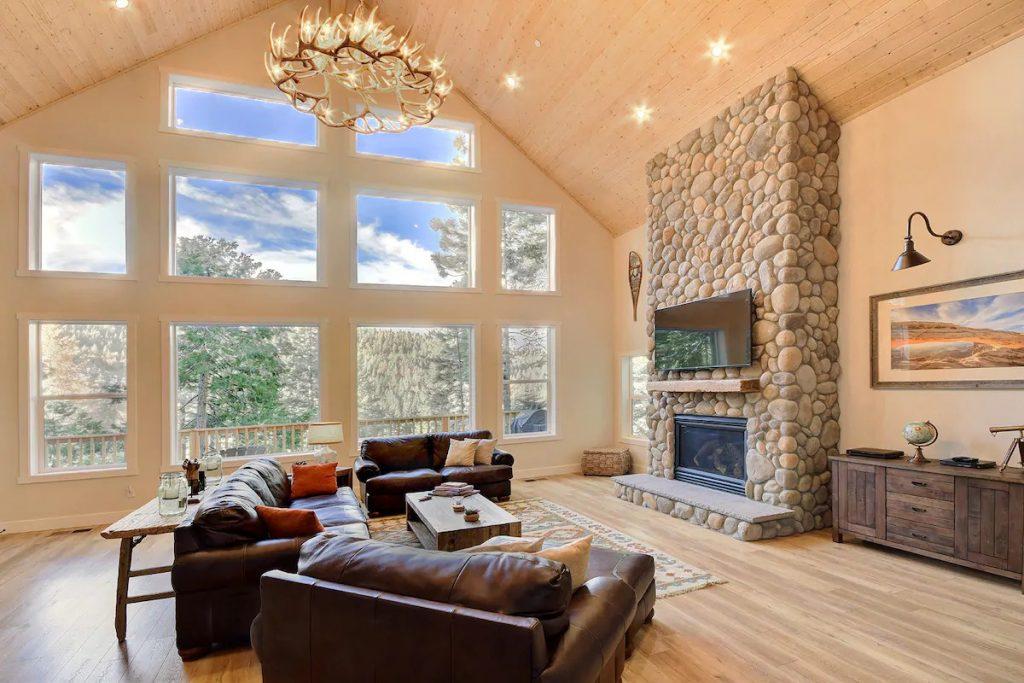 River Rock Retreat Yosemite Airbnb