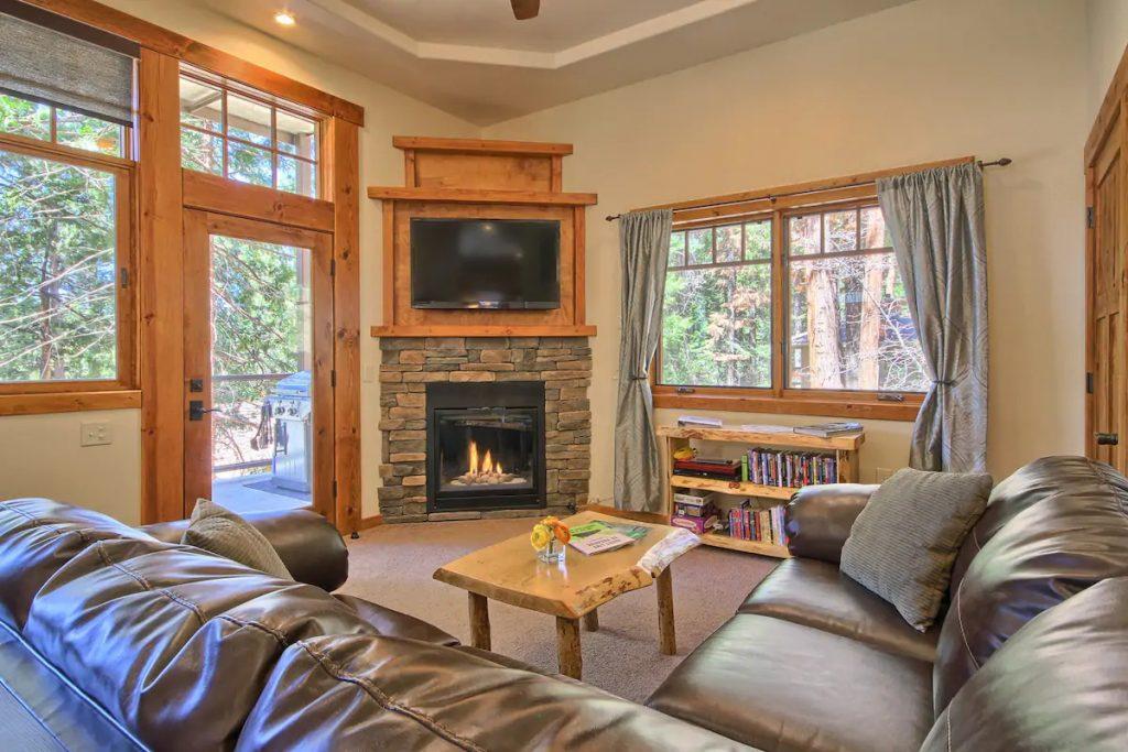 Spacious King Suite Yosemite