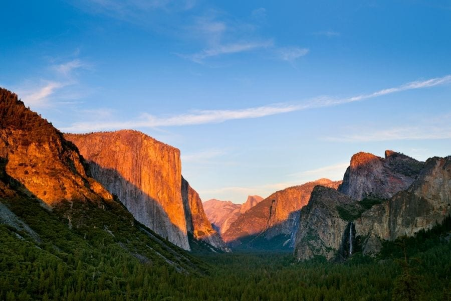 Tunnel View at Sunset in Yosemite National Park